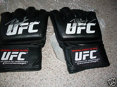 thiago alves gloves